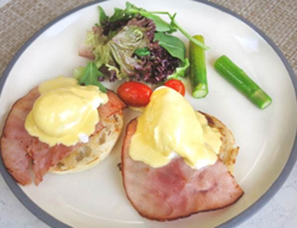 'Classic Egg Benedicts'