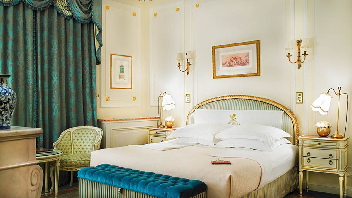 Superior Queen Room im Ritz. In diesem Haus ist schon die erste Kategorie luxuriös.